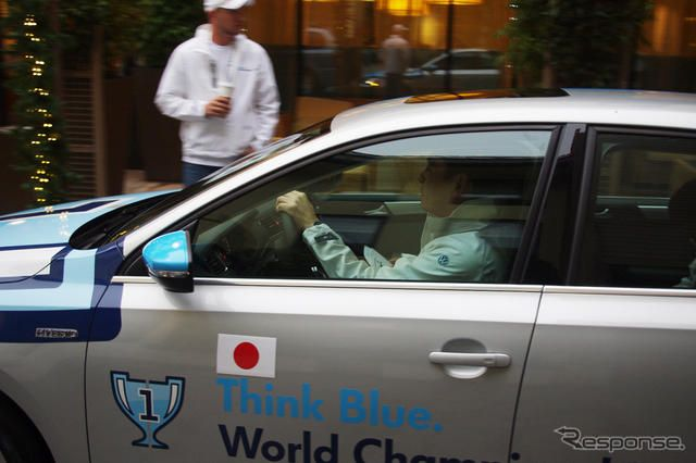 Think Blue. World Championship 2012《撮影 宮崎壮人》
