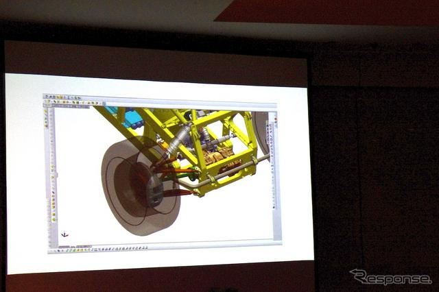 「SolidWorks」を用いた車両開発の様子。《撮影 瓜生洋明》