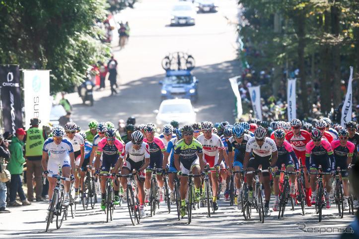 2015 ジャパンカップサイクルロードレースの様子