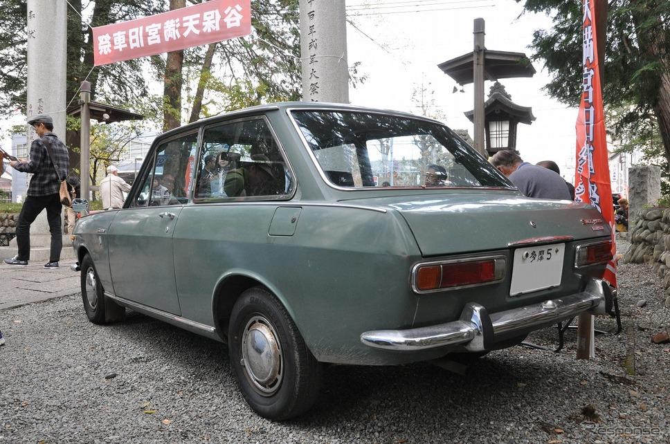 ットサン サニー 1000 2ドアデラックス(1969年)嶽宮 三郎