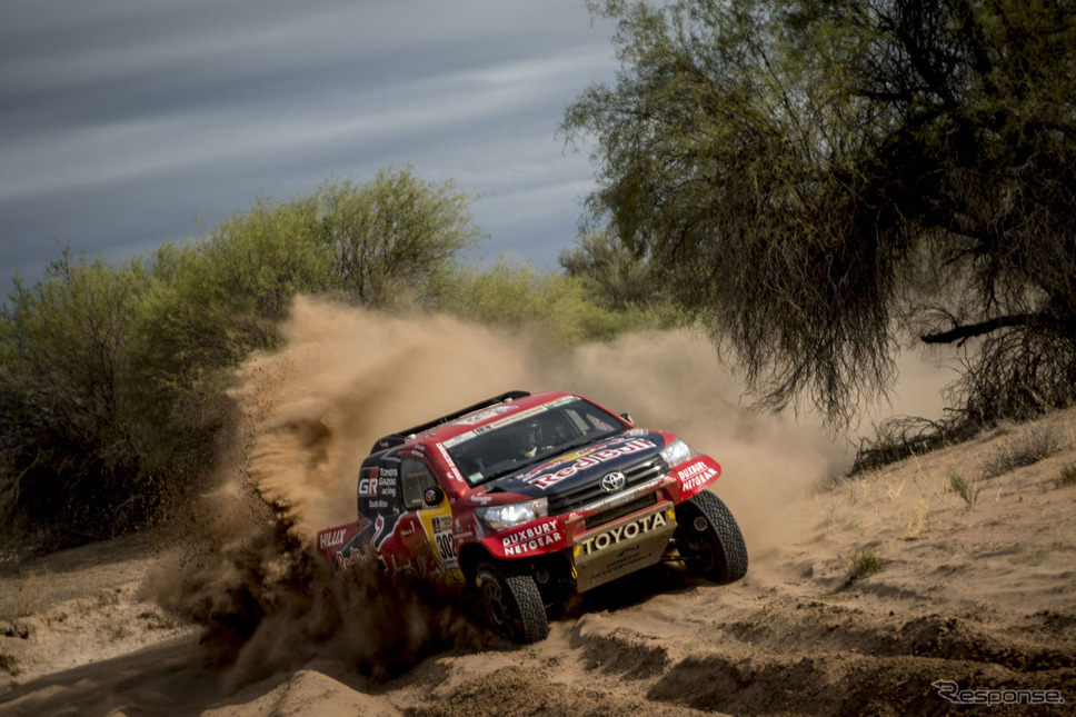 4輪総合5位、トヨタの#302 ドゥビリエ。写真:Red Bull