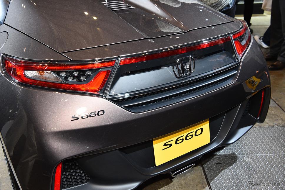 ホンダ S660 ブルーノ レザー エディション(東京オートサロン2017)《撮影 野口岳彦》