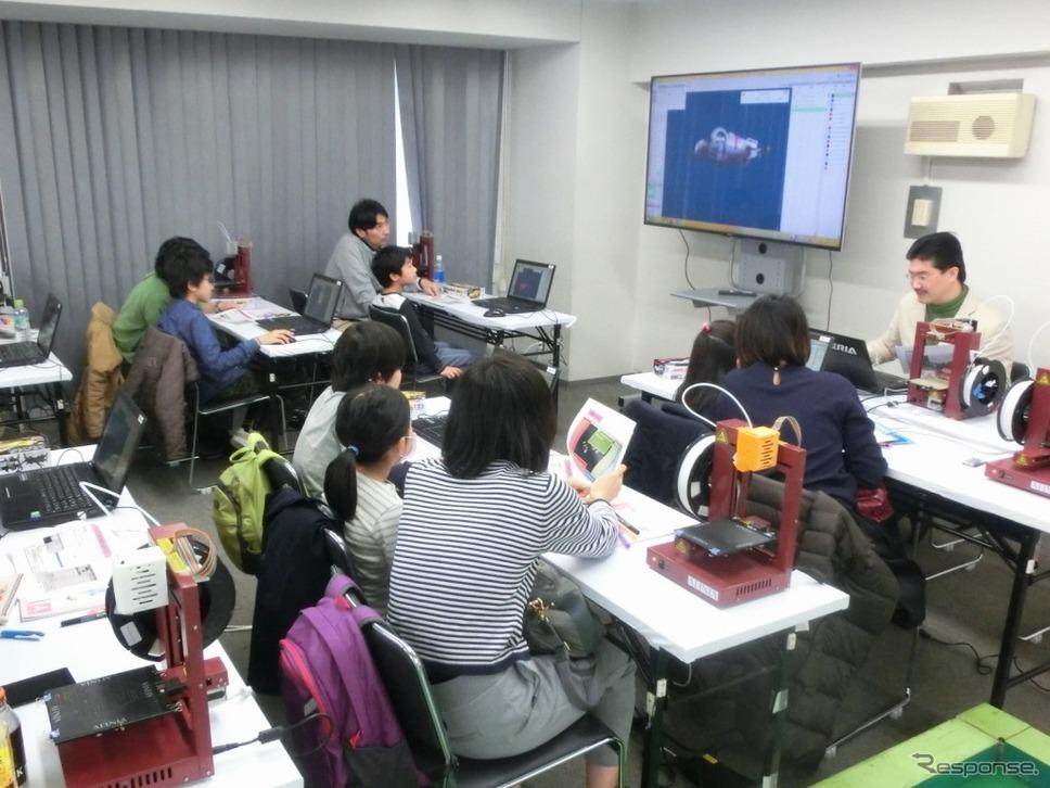 2016年にタミヤ新橋店で実施された教室の様子