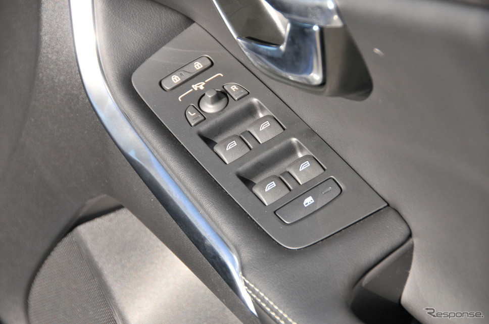 ボルボ V40 D4 Rデザイン ポールスターエディション(ポールスター・パフォーマンス・パーツ装着車)《撮影 諸星陽一》