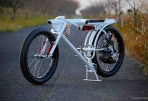 バイクを装備した未来の防犯カメラ、セキュリティショーに展示へ 3月7〜10日