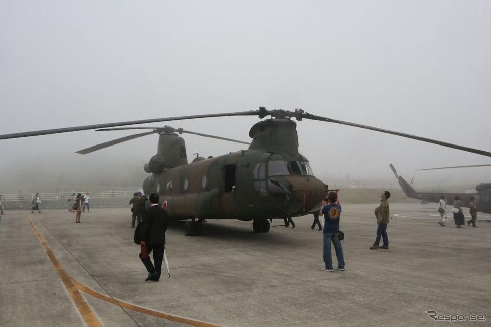 陸自CH-47J:9トンまで荷物を積める。パジェロタイプの車両なら2両入るスペース《撮影 中尾真二》