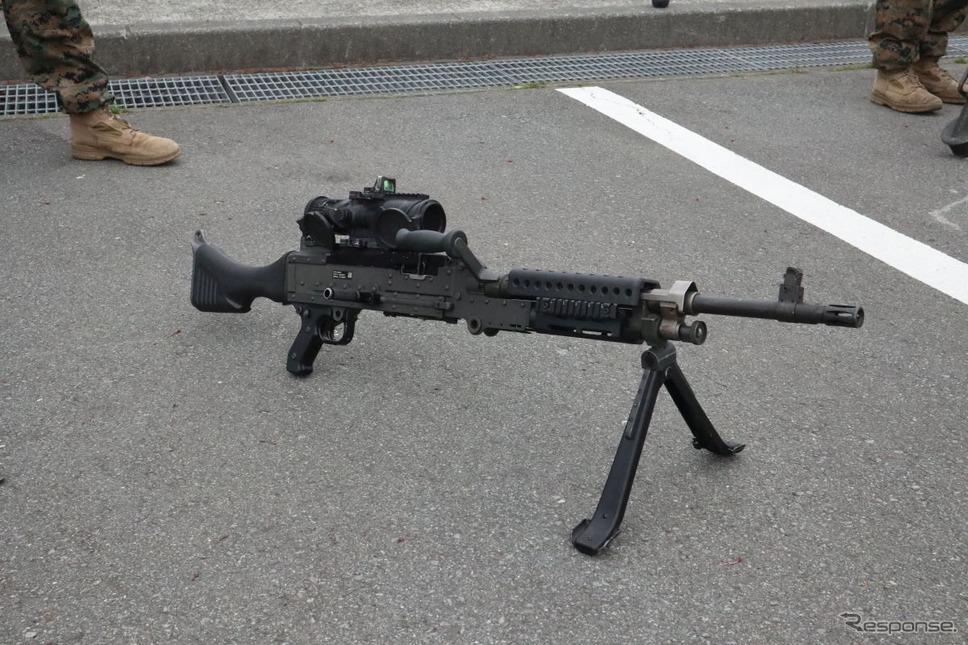 米海兵隊の重機関銃《撮影 中尾真二》