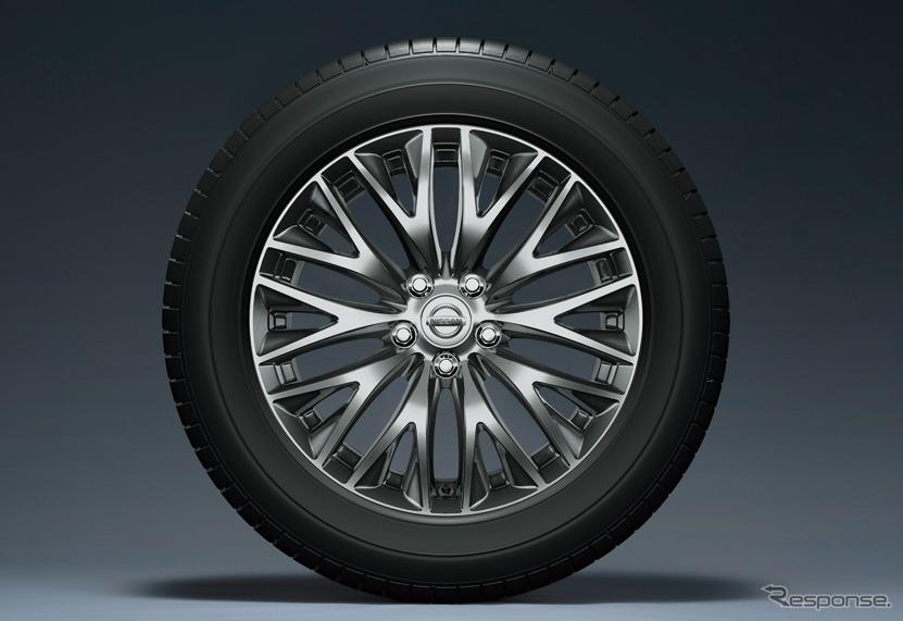 日産 シーマ 18インチアルミホイール(8J)&245/50R18 100Wタイヤ