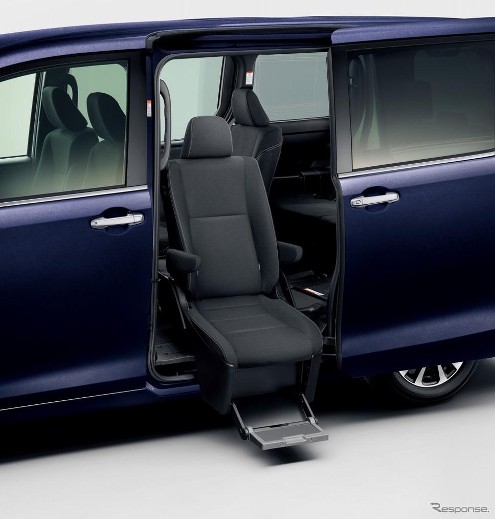 トヨタ エスクァイア ウェルキャブ サイドリフトアップチルトシート車 Xi (2WD)