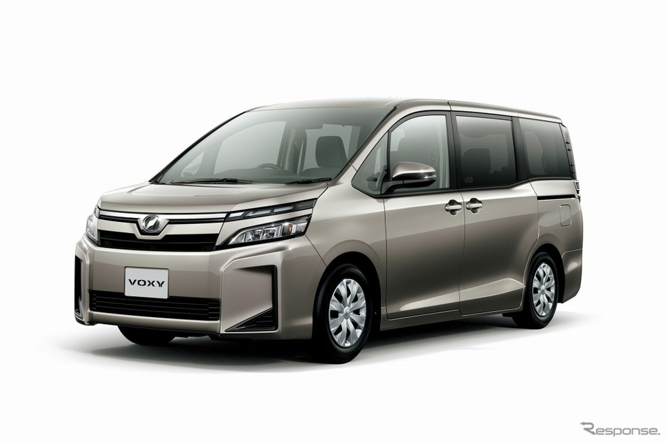 トヨタ ヴォクシー X(7人乗り・2WD)