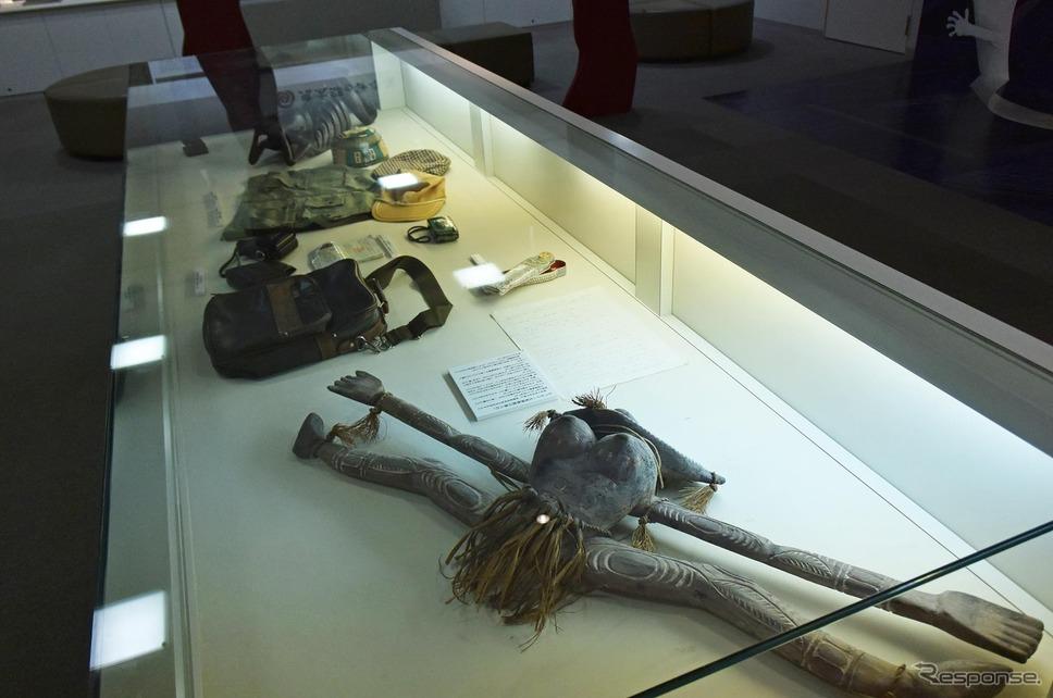海外で収集した民芸品も展示されていた。《撮影 井元康一郎》