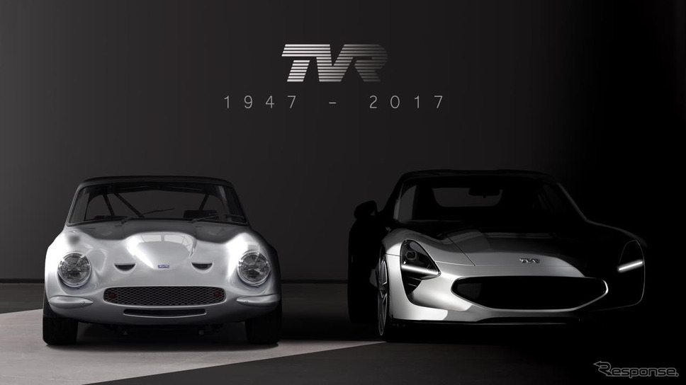 TVRの新型スポーツカー(右)