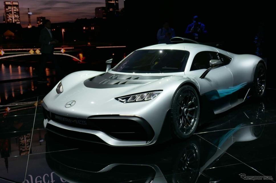 ワールドプレミアされた2シーターのコンセプトモデル「Mercedes-AMG Project ONE」