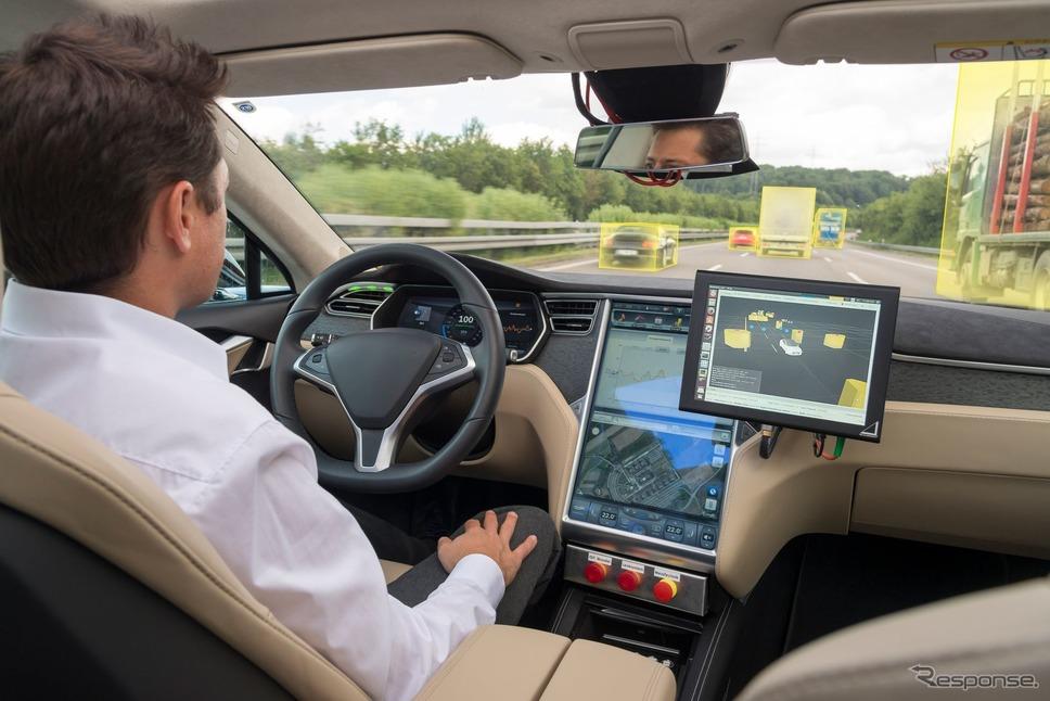 ボッシュの自動運転技術テスト車両