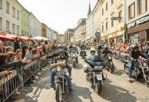 【ヨーロピアンバイクウィーク2017】東欧でも熱狂のハーレーフェス、20周年で12万人超7万台が集結!!