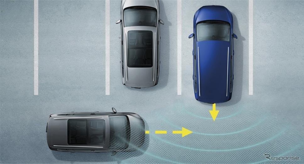 VW ゴルフ トゥーラン TSI コンフォートライン テックエディション2リヤトラフィックアラート (後退時警告・衝突軽減ブレーキ機能) イメージ