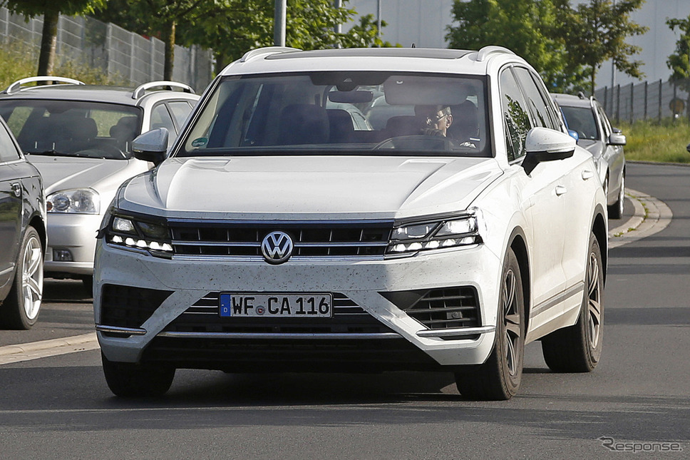 VW トゥアレグ 次期型 スクープ写真《APOLLO NEWS SERVICE》