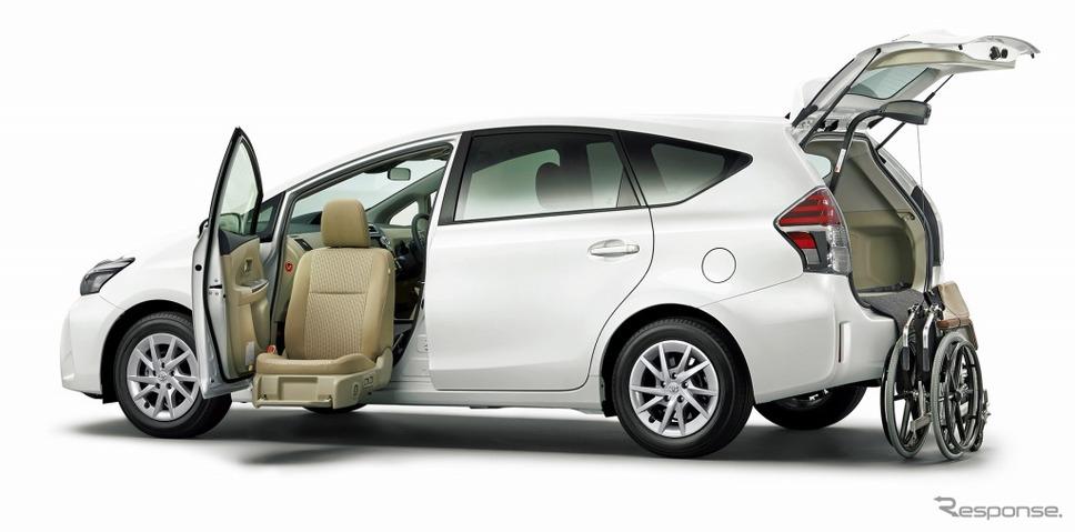 トヨタ プリウスα S(5人乗り)助手席リフトアップシート車 Bタイプ(ホワイトパールクリスタルシャイン)