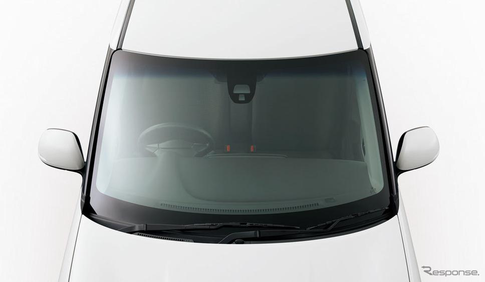 遮音機能付フロントウインドウガラス
