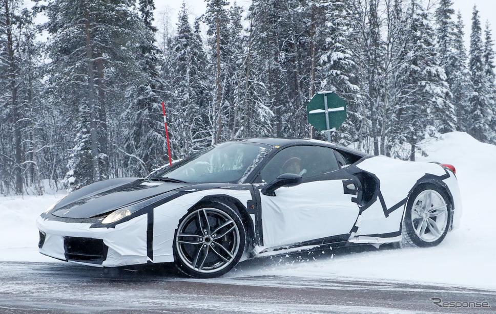 フェラーリ 488GTB 高性能モデルのテスト車両 スクープ写真《APOLLO NEWS SERVICE》