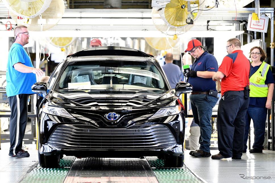 トヨタの米国ケンタッキー工場で量産が開始された新型カムリ