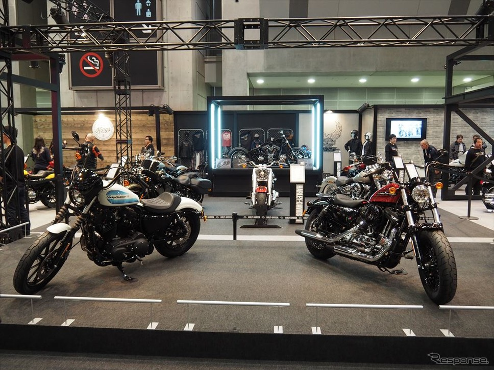 アイアン1200とフォーティーエイト・スペシャル(東京モーターサイクルショー2018)