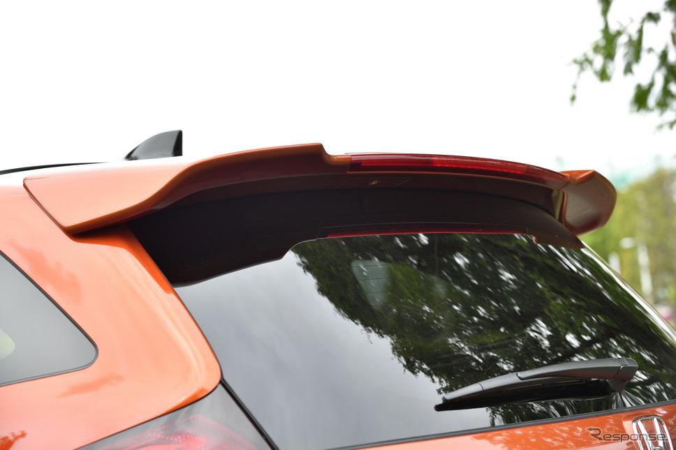 ホンダ・ジェイド改良新型ホンダアクセス純正アクセサリー装着車《撮影 雪岡直樹》