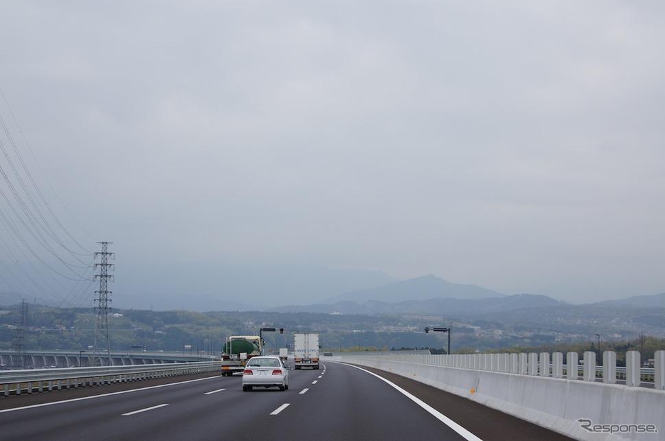 新東名(参考画像)