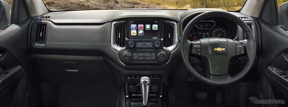 スマートフォンと接続が可能なディスプレイオーディオを標準装備