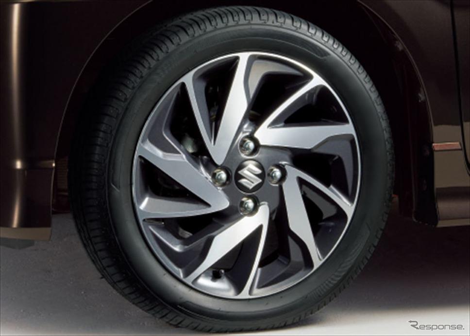 スズキ ワゴンRスティングレー HYBRID Xリミテッド 15インチタイヤ&アルミホイール