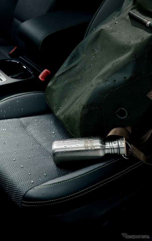 スバル レガシィ アウトバック X-BREAK 撥水ファブリック/ 合成皮革シート(グレー/ グレー&ブラック、イエローグリーンステッチ)