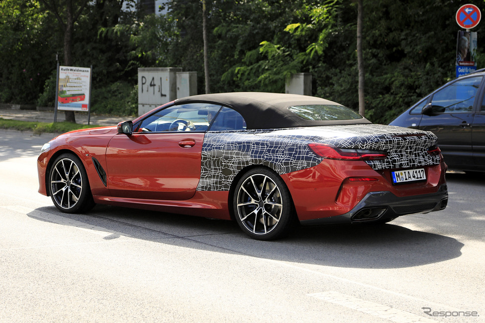 BMW 8シリーズカブリオレ(M850i)スクープ写真《APOLLO NEWS SERVICE》