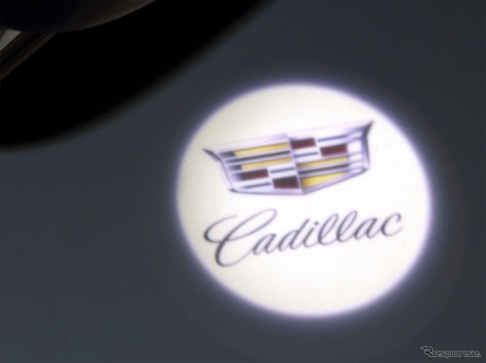 キャデラック XT5 クロスオーバー アーバン ブラック スペシャル カラーLEDカーテシランプ
