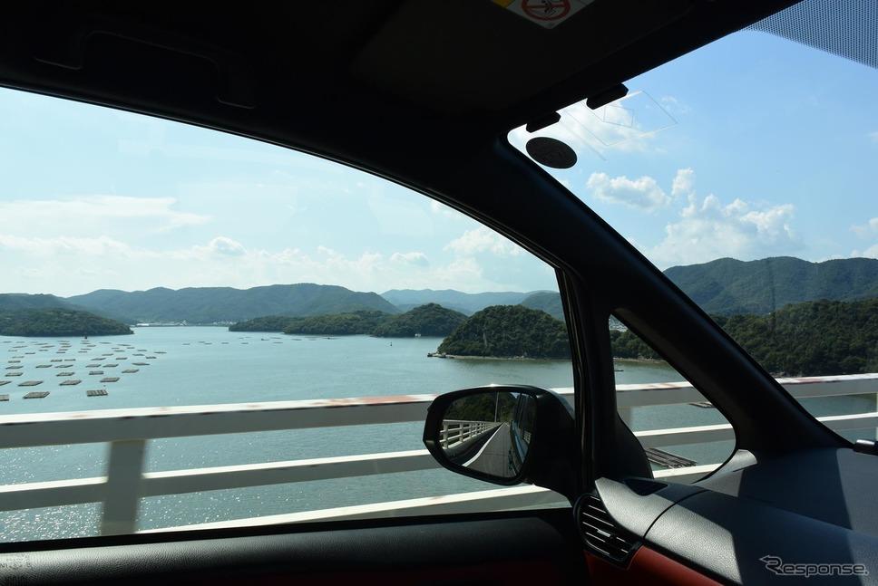 備前の海を眺める。視界はとても良かった。《撮影 井元康一郎》