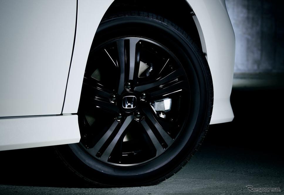 ホンダ ステップワゴン スパーダ ハイブリッドG・EX ホンダセンシング 特別仕様車ブラックスタイル 16インチアルミホイール(スパーダ ハイブリッド専用デザイン)