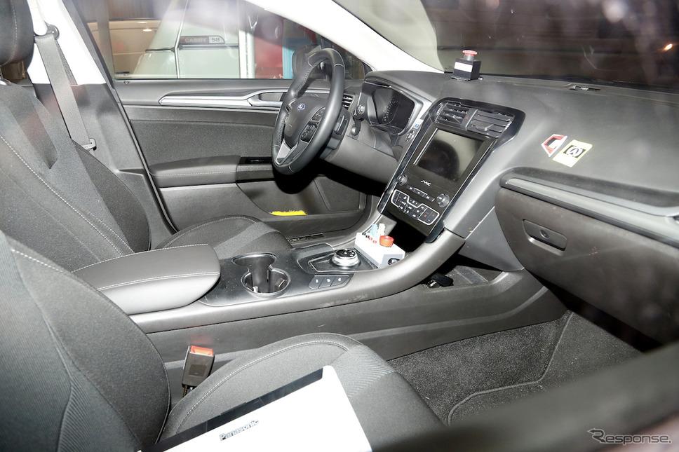 フォード モンデオエステート 改良新型 スクープ写真《APOLLO NEWS SERVICE》