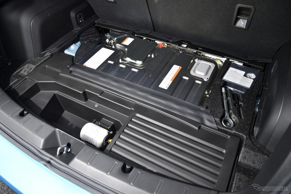 スバル XV アドバンス(Advance)e-BOXER《撮影 雪岡直樹》