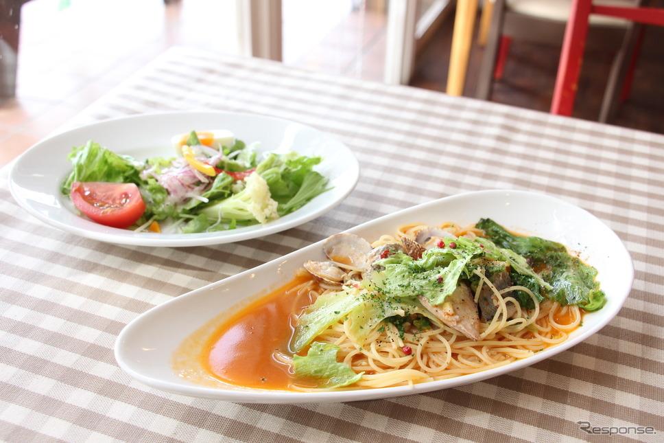 海山レストラン ボーノ!の特別メニュー《撮影 吉田瑶子》