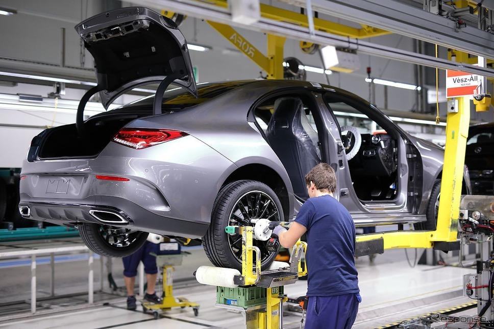 メルセデスベンツ CLAクーペ 新型の量産第一号車