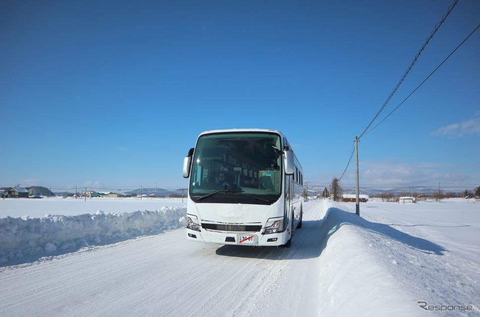 三菱ふそうトラック・バス寒地試験(2018年)《写真 三菱ふそうトラック・バス》