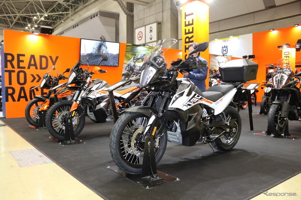 KTM 790アドベンチャー および アドベンチャーR を日本初披露…東京モーターサイクルショー2019《撮影 先川 知香》