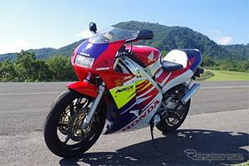 ホンダ NSR250R SE《画像 バイク王&カンパニー》