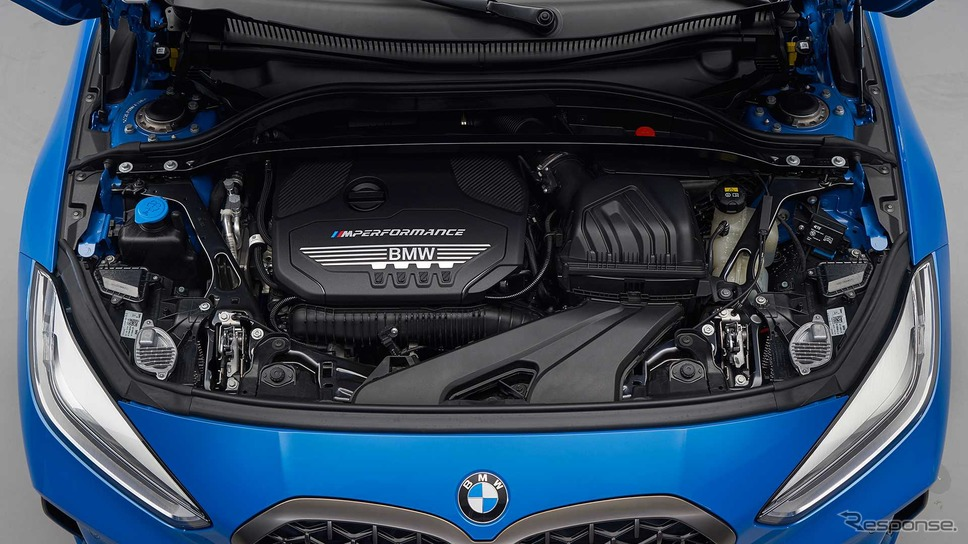 BMW 1シリーズ 新型の M135i xDrive《photo by BMW》