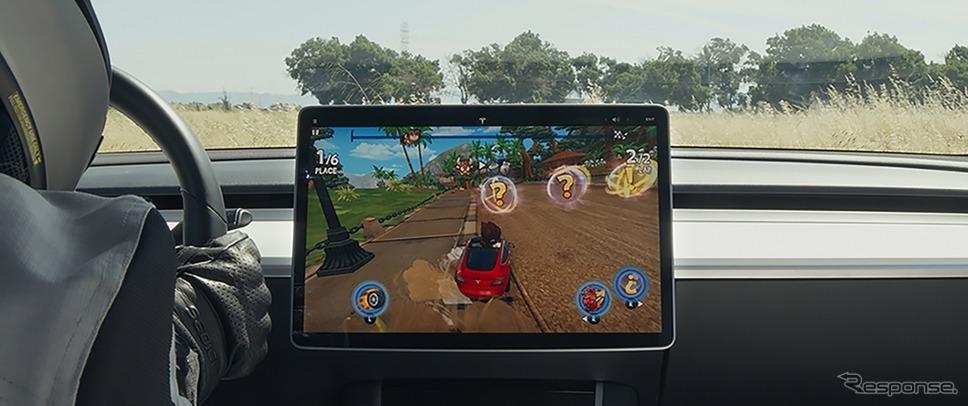 テスラの車載ディスプレイでプレイできるゲームの最新作「ビーチバギーレーシング2」《photo by Tesla》