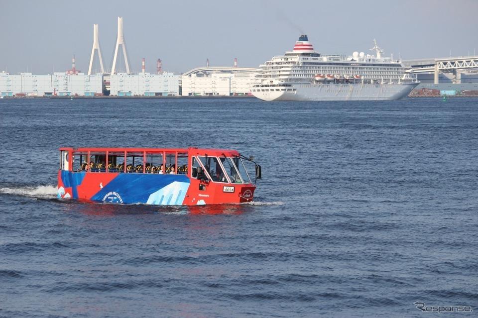 水陸両用バス「スカイダック」《画像:日の丸自動車興業》