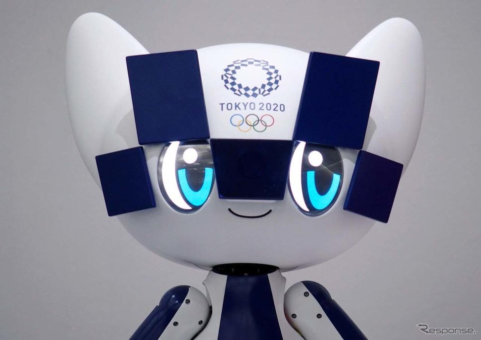 「ミライトワ」の目には液晶ディスプレイが装備される