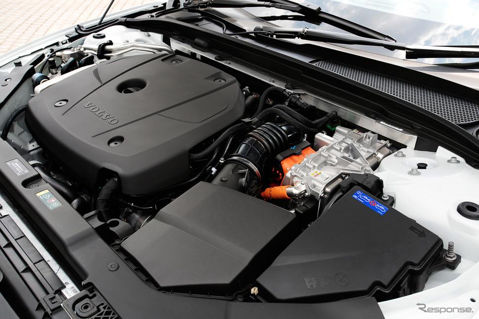 ボルボ V60 T6 ツインエンジン