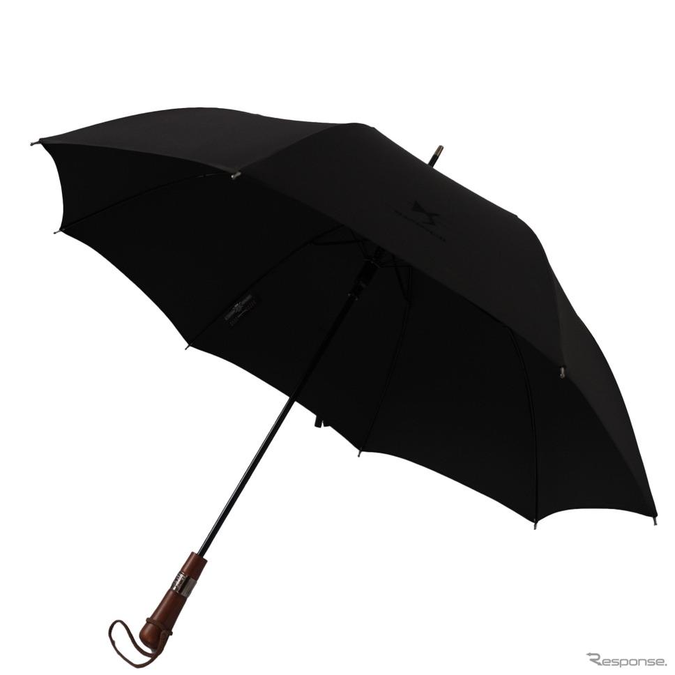 特製DSロゴ入りのル・ヴェリターブル・シェルブールの傘(非売品)《写真 プジョー・シトロエン・ジャポン》