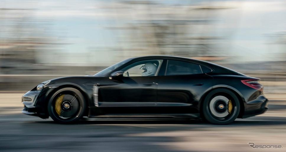 ポルシェ・タイカン のプロトタイプの走行テスト《photo by Porsche》