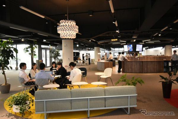 猿投開発センター2号館7階 クリエイティブエリア《画像:トヨタ紡織》